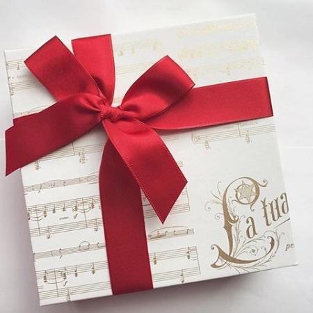 ギフト包装紙クリスマス音楽ヴィヴァルディデザイン